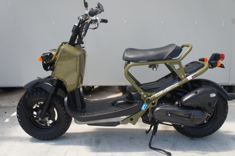 [激安バイク販売]HONDA ZOOMER 大人気ズーマー バイクショップバブル伊勢原店、原付バイク販売あんしん保証付き