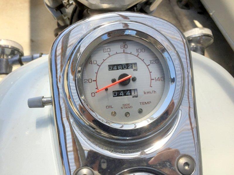大人気 ホンダ マグナ250CC MC29 ホワイト