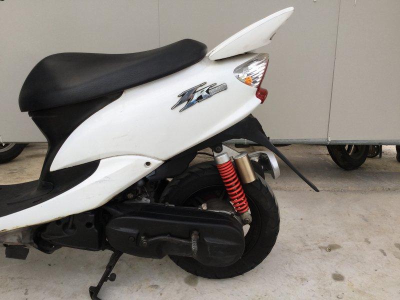 ヤマハ エボリューション SA16J ホワイト