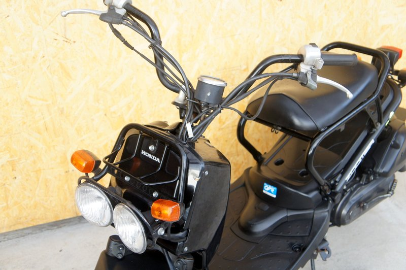 ホンダズーマー2009年 人気のインジェクション50ccブラック