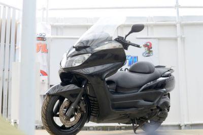 グランドマジェスティー エンジンリコール交換済み 人気色黒