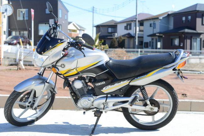 ヤマハ グラディエーター125 ヨシムラマフラー