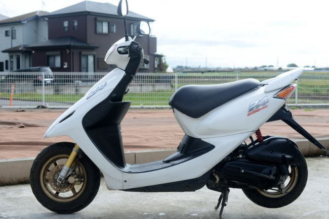 AF63 ホンダスマートディオ Z4 ホワイト 綺麗!