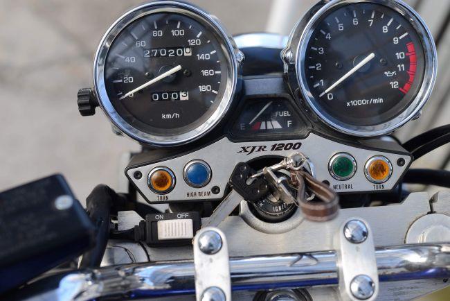 4KG XJR1200 車検令和2/9まで