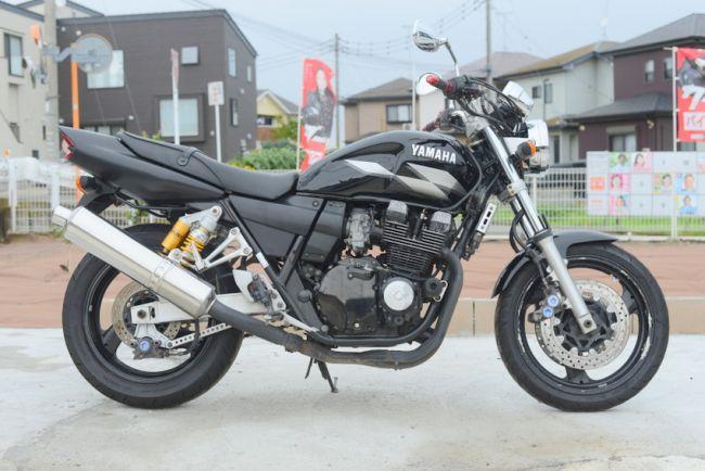 ヤマハ XJR400R RH02J