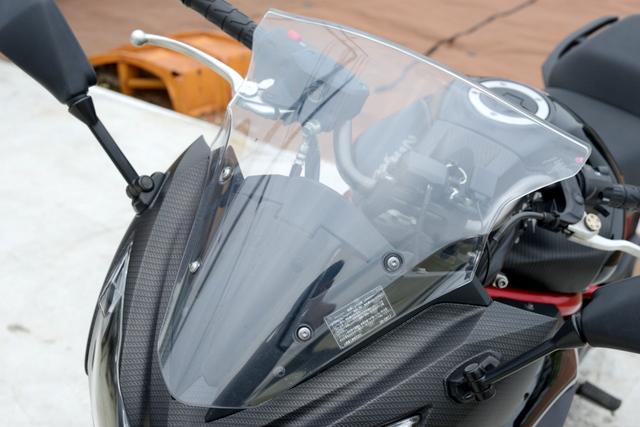 ER400B NINJA400R希少なスペシャルエディション