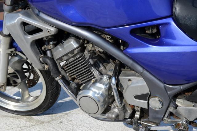 ZR250A!A3型バリオス!ブルー!大変お得な納車時前タイヤ新品!