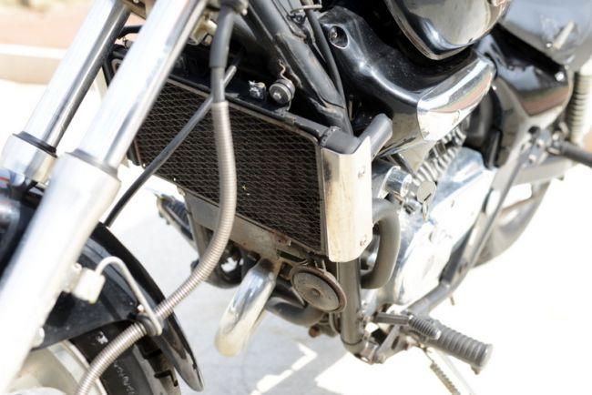カワサキ エリミネーター250V前後タイヤ新品