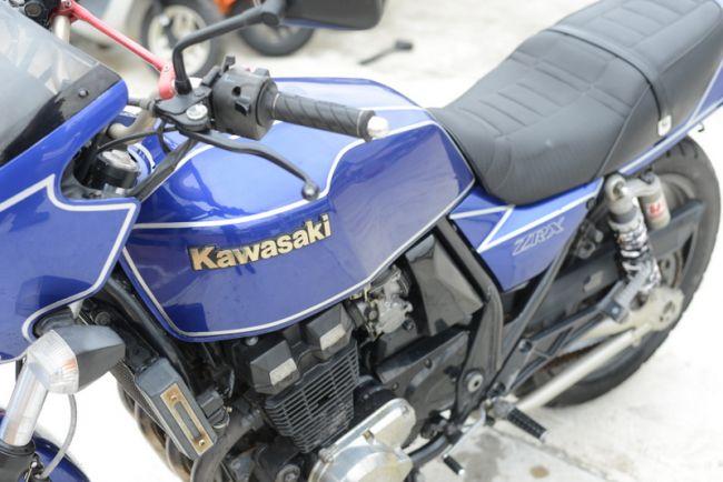 カワサキ ZRX400 社外マフラー