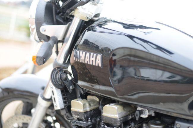 ヤマハ XJR400 在庫4台