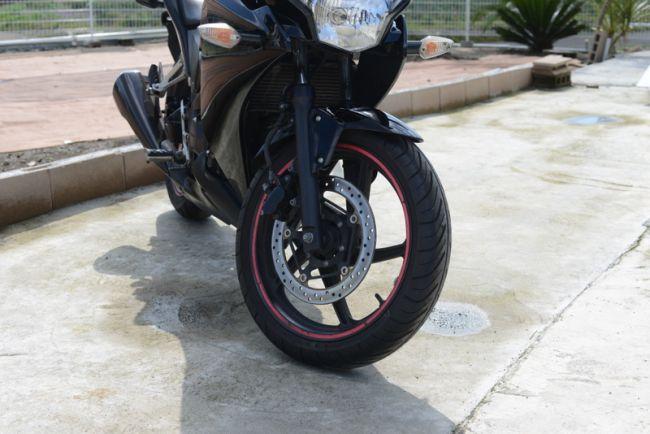ホンダ CBR250R ABS