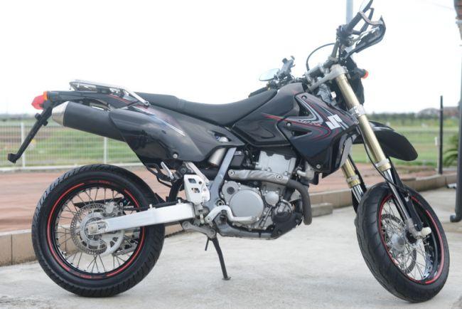 スズキDR-Z400SM