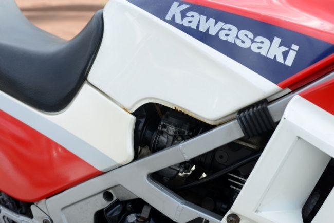カワサキ GPZ400R ニンジャ レッド ノーマル 格安!