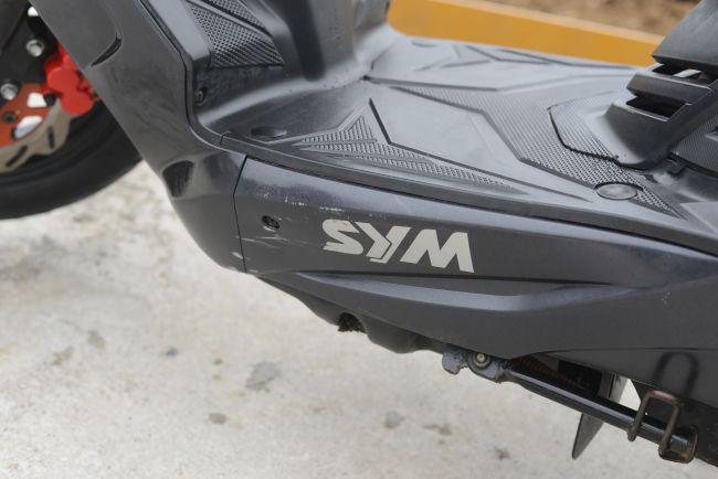 SYM ファイター150