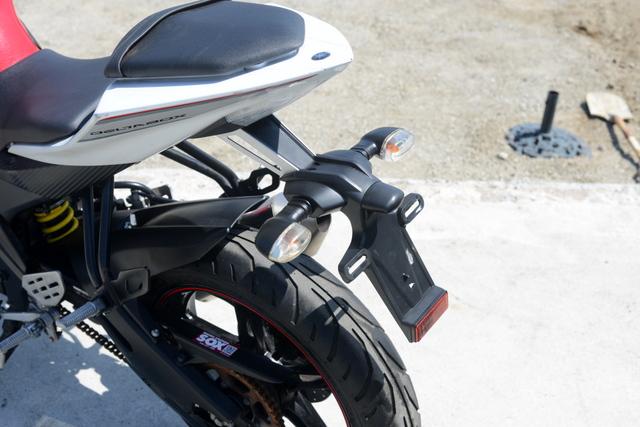 ヤマハ YZF-R15 レッド 社外フルエキゾーストマフラー