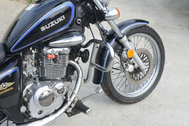スズキ GZ125HS アメリカン