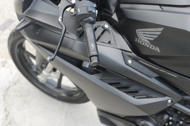 MC51 ホンダ CBR250RR マッドブラック 格安!