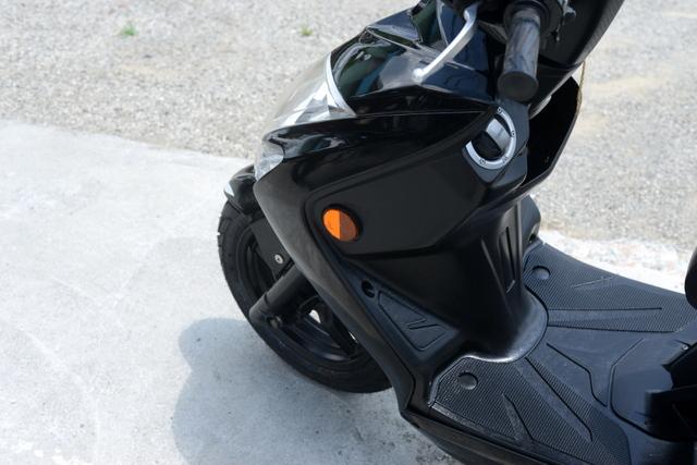 ヤマハ シグナスX SR SE44J ブラック フロントタイヤ新品