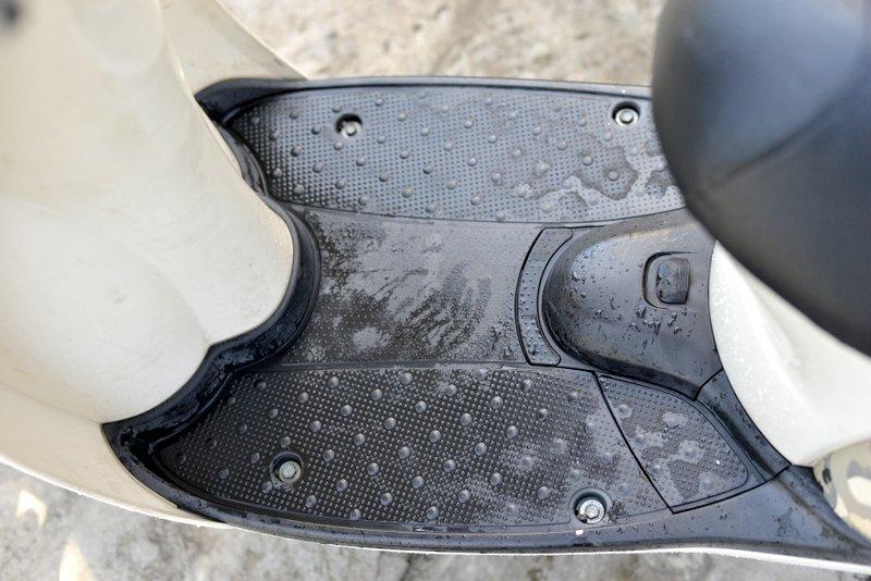 ホンダ スクーピー AF55型 希少迷彩