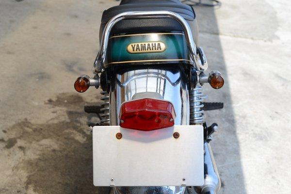 ヤマハ SR400 RH01J カスタム