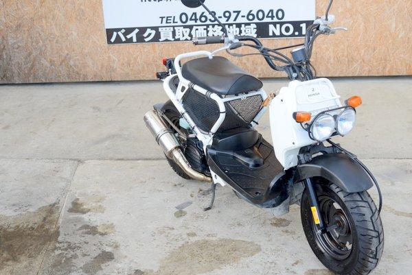 ホンダ ズーマー前後タイヤ新 社外マフラーホワイト 1121